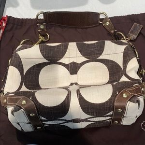 Coach Creme/Brown linen Material